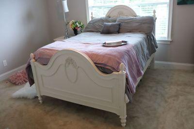 Cream Bedroom Set for Girls