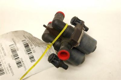 Purchase 1999 MERCEDES CLK320 W208 HEATER CONTROL VALVE 0018303484 motorcycle in Rancho Cordova, California, United States, for US $29.99