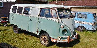 Original paint 1964 Deluxe Microbus