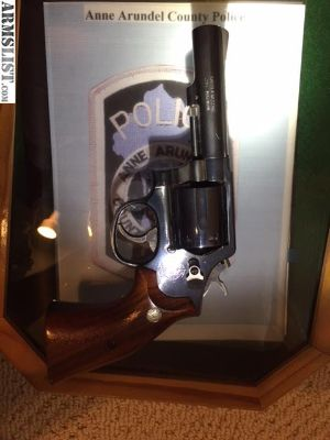 For Sale: SMITH AND WESSON 357MAG