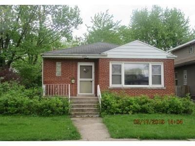 3 Bed 1 Bath Foreclosure Property in Brookfield, IL 60513 - Blanchan Ave