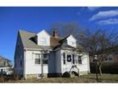 Webster, Nice Three BR 1.5 BA cape in the wonderful town