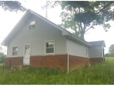 3 Bed 1 Bath Foreclosure Property in Bedford, IN 47421 - Us Highway 50 W