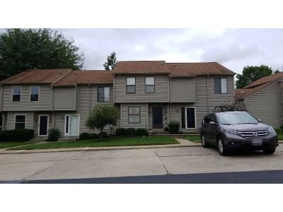 2 Bed 3 Bath Preforeclosure Property in Hamilton, OH 45011 - Colegate Way