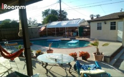 $1025 3 single-family home in San Fernando Valley