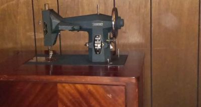 Sewing machine negotiable and accepting trades