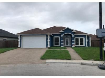 3 Bed 2.5 Bath Foreclosure Property in Corpus Christi, TX 78414 - King George Pl