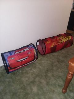 2 Car's kids play tunnels like new excellent condition
