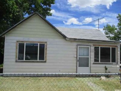 272 12th St N Montpelier One BR, Cute little updated cottage.
