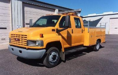 2004 Chevrolet 4500 Crew Cab *70 K Miles