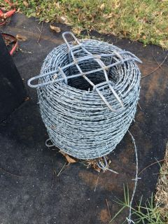 3/4 Roll Barbed Wire