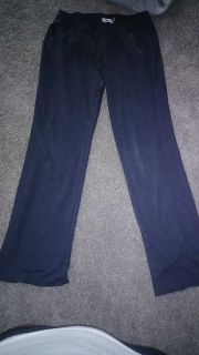 Medium old navy lounge pants. Gray