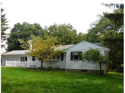 2 Bed 1 Bath Foreclosure Property in Milford, NJ 08848 - Rick Rd
