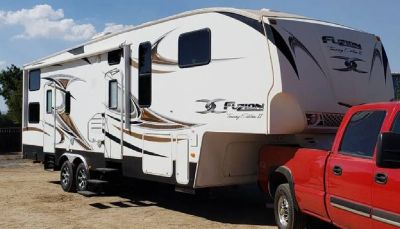 By Owner! 2010 Keystone Fusion 322 Touring Edition II w/2 slides