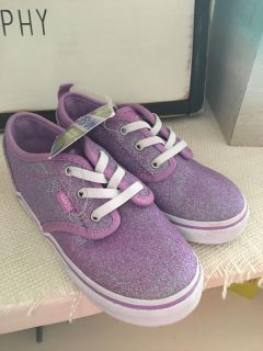 Nwt Vans toddler 9 shoes