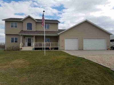 11536 SW 36v Dickinson Four BR, Great country home