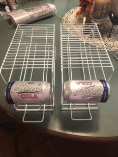 Wire can hold holders