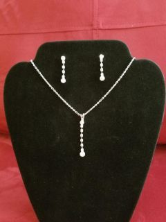 Drop crystal necklace and earrings set