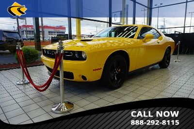 2018 Dodge Challenger (yellow)