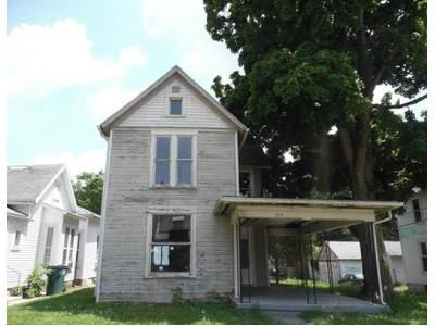 3 Bed 1 Bath Foreclosure Property in Richmond, IN 47374 - NW 3rd St