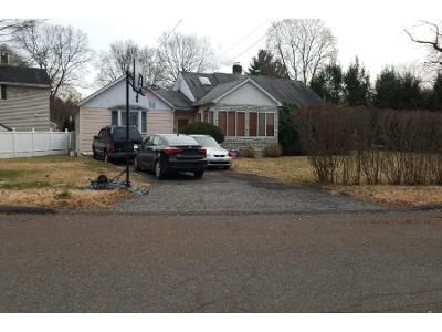 3 Bed 1 Bath Preforeclosure Property in Stamford, CT 06905 - Meadowpark Ave W