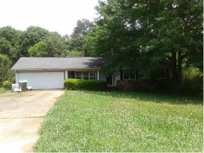 2 Bath Preforeclosure Property in Monroe, GA 30656 - Waverly Way