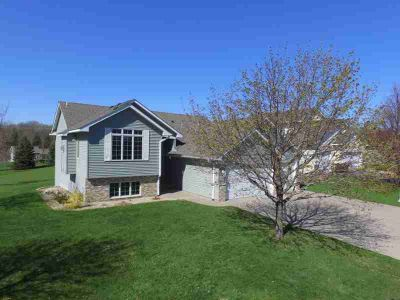 1334 Rolling Oaks Drive HANOVER, Great Four BR