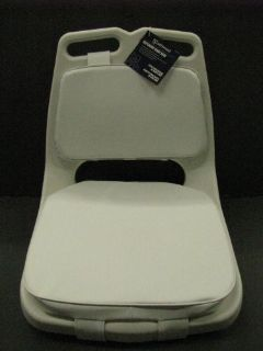 Sell ATTWOOD MARINE OFFSHORE BOAT SEAT WITH PADS 98455WH2 motorcycle in Benton Harbor, Michigan, United States, for US $79.99