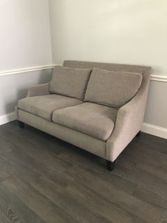 Loveseat (sofa/couch)