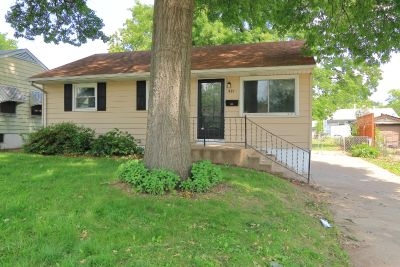 $950 3 apartment in St Louis