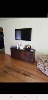 Record player/tv stand