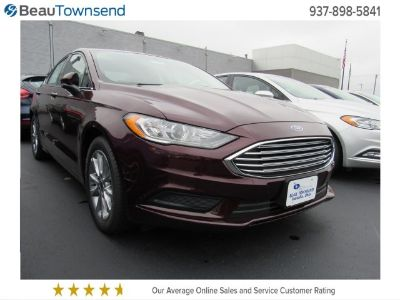 2017 Ford Fusion SE (Burgundy Velvet Metallic Tinted Clearcoa)