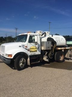 international septic truck 1100 gal