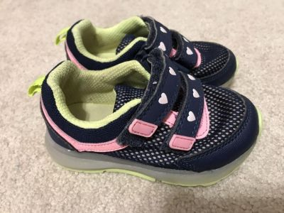 Light up sneakers-size 6