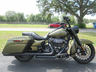 2018 Harley-Davidson Road King Special (Green)