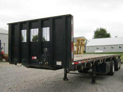 $16,900, 2005 Clark Trailers 40#039; x 102 Flatbed Moffett Forklift Trailer