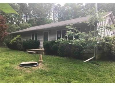 3 Bed 2 Bath Foreclosure Property in Egg Harbor City, NJ 08215 - Duerer St