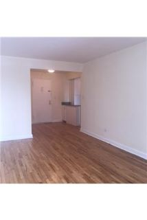 Studio Apartment / 1 Bath in Flushing, Queens.
