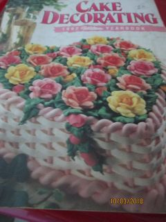 WILTON 1992 COLLECTIBLE CAKE DECORATING YEARBOOK