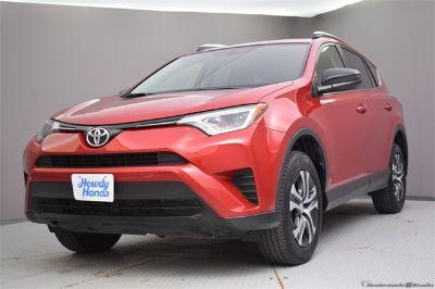 2016 Toyota RAV4 LE (red)