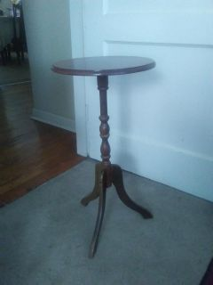 home accent round table 3 ft tall