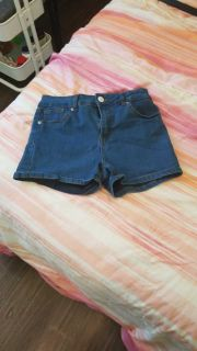 Size 5 (small) Jean shorts.
