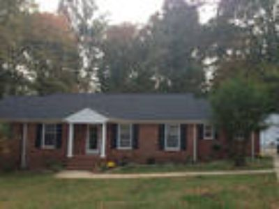 Four BR In Guilford (Greensboro)