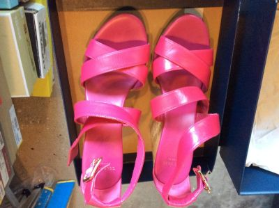Cole Hahn Wedge Sandals, size 6.5