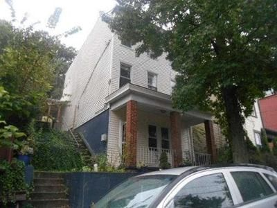 3 Bed 1 Bath Foreclosure Property in Pittsburgh, PA 15212 - Rothpletz St