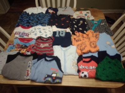 Boys lot of clothes sz,newborn to 12 months ,