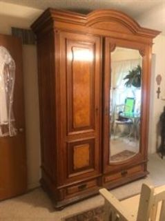 Estate Sale by Wall St Antiques