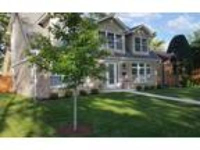 Homes for Sale by owner in Skokie, IL