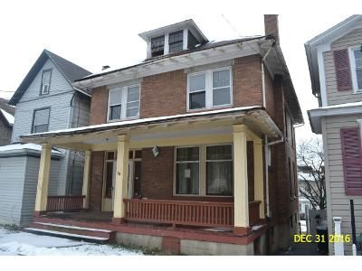 4 Bed 1 Bath Foreclosure Property in Johnstown, PA 15902 - David St