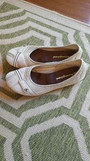 Champion shoes. Light beige. Size 7.5 very nice condition